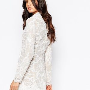 Stone Cold Fox White Lace  Scoop Neck Dress NWOT